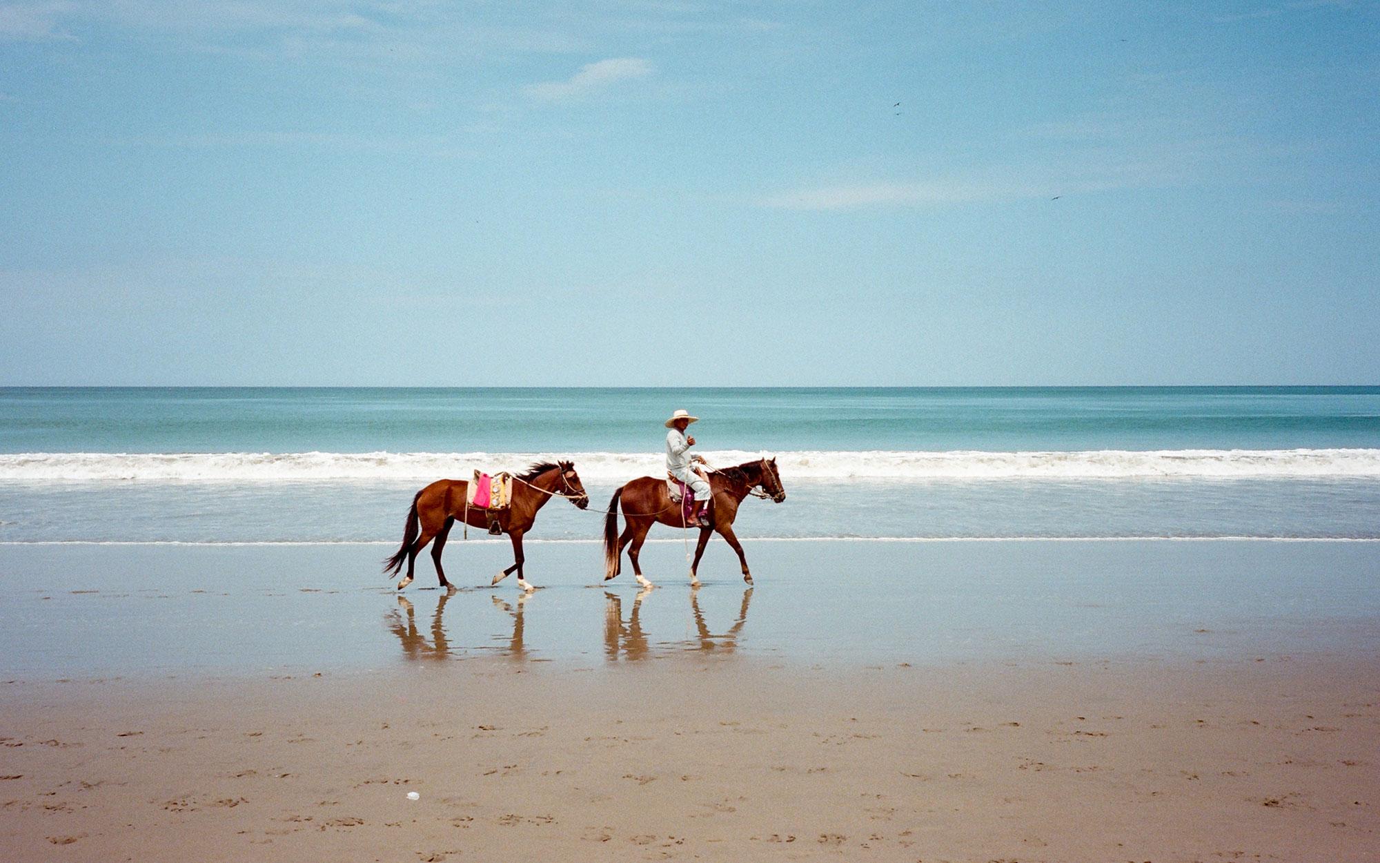 08_Peru-BEACHES0516
