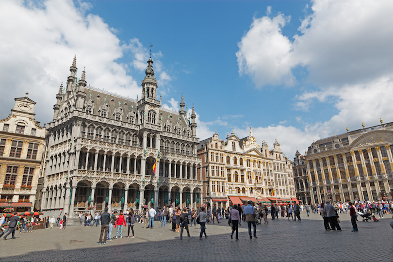 BRUSSELS, BELGIUM - JUNE 15, 2014: The main square Grote Markt and Grand palace.