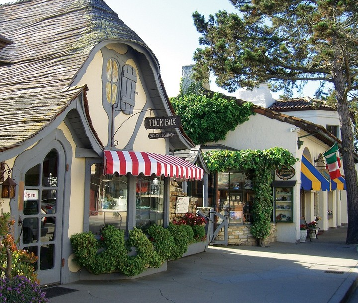 Carmel-by-the-Sea-United-States-10
