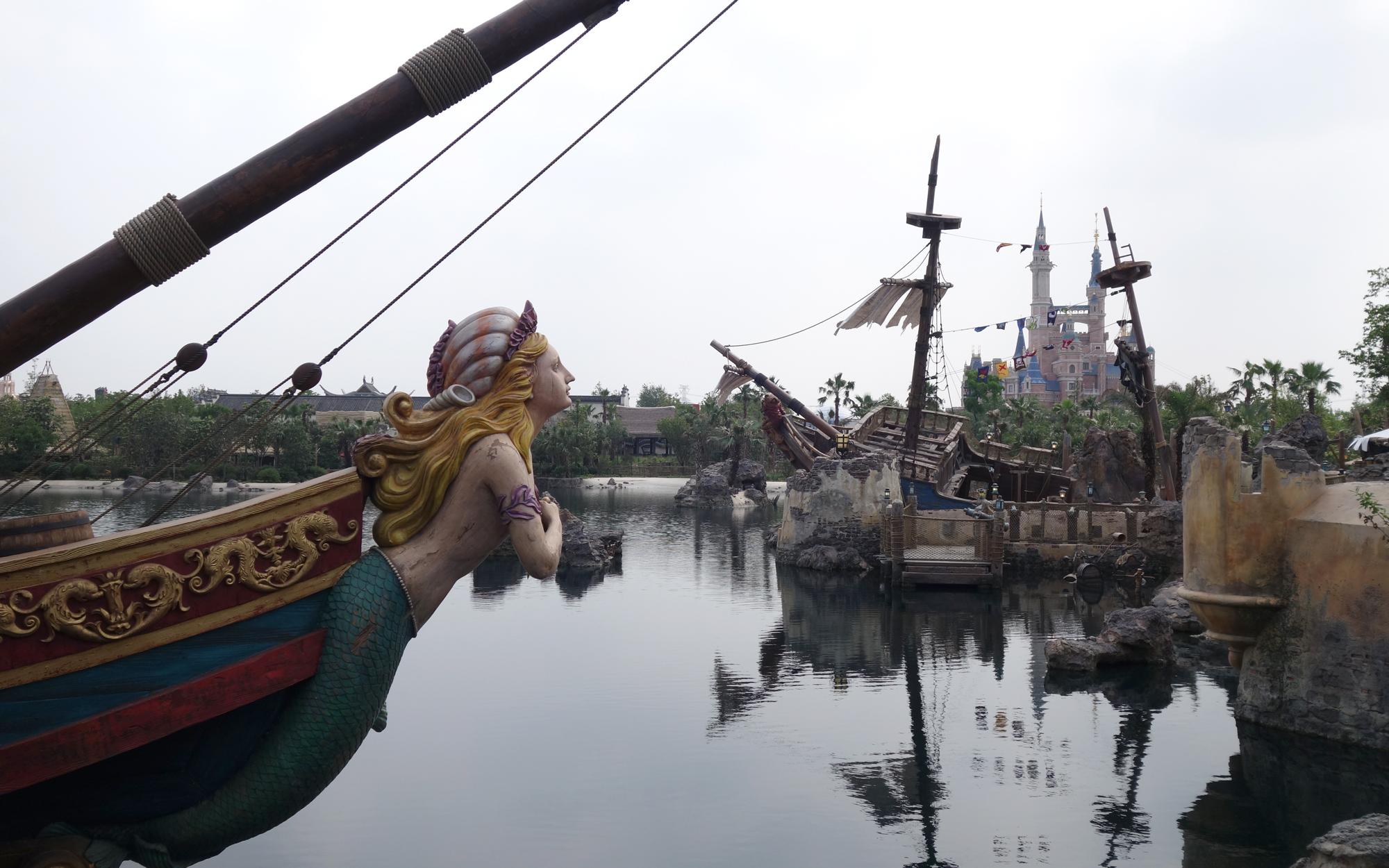 Shanghai-Disney-Scenes-05-EXCLUSIVE0616