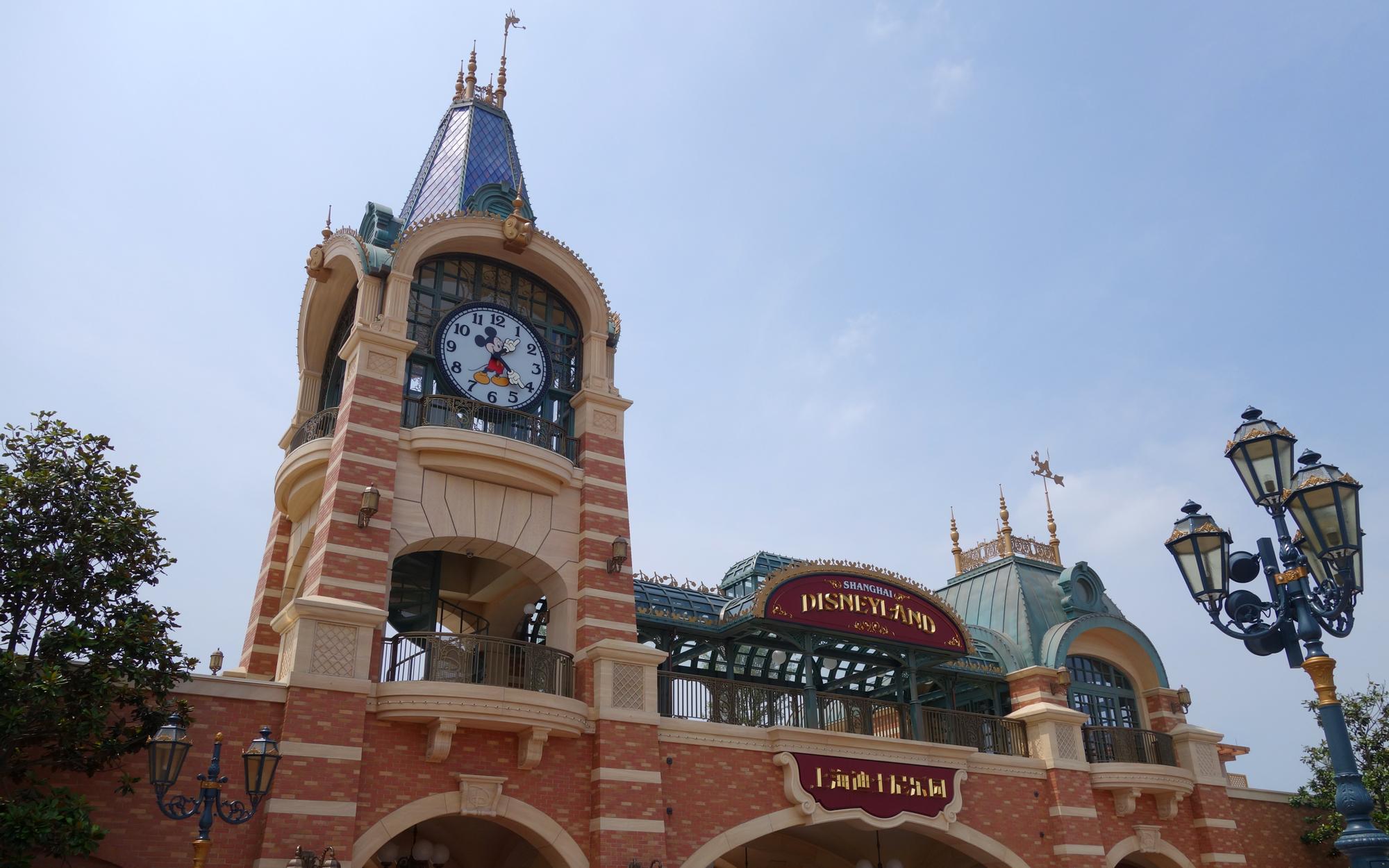 Shanghai-Disney-Scenes-10-EXCLUSIVE0616