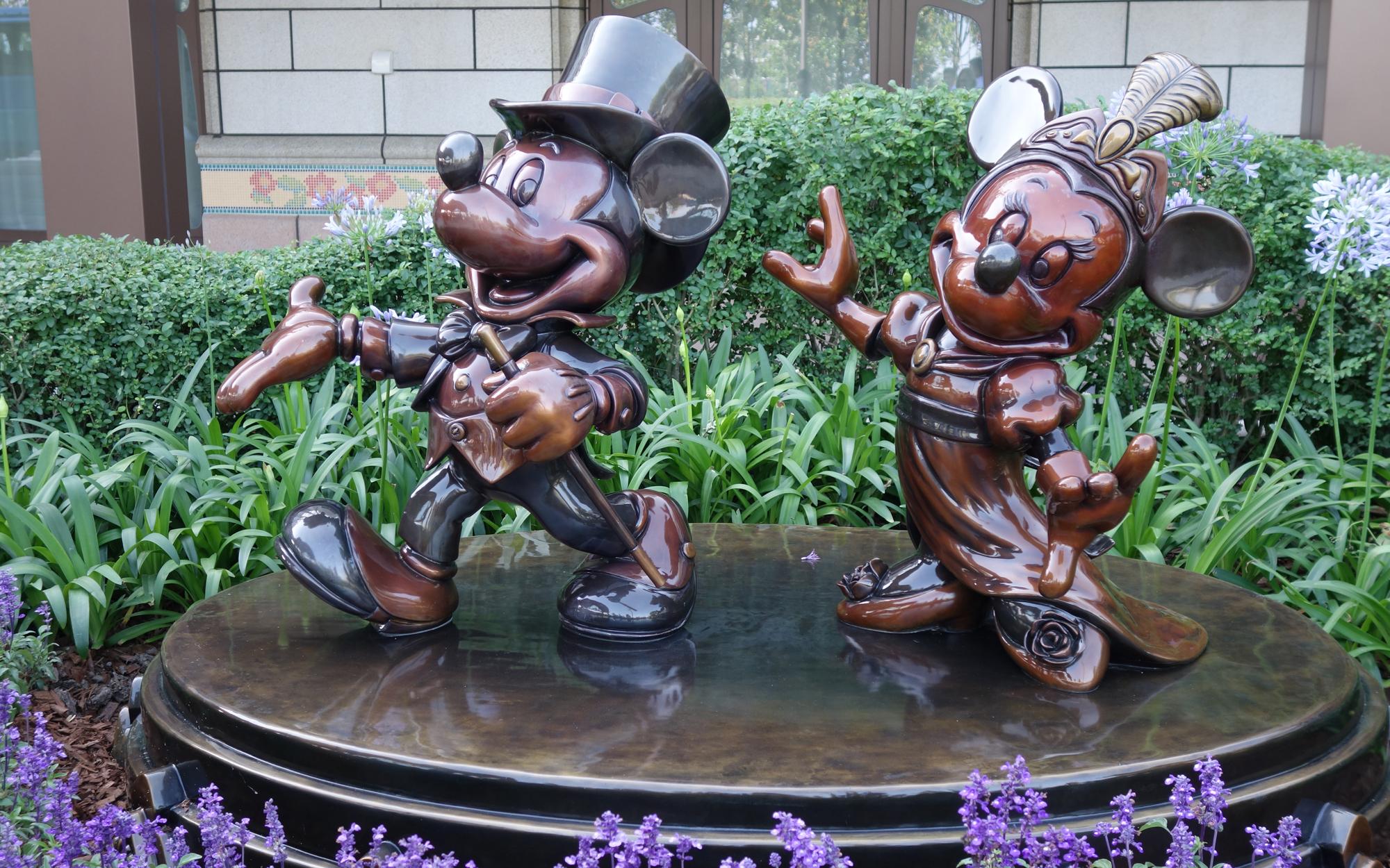 Shanghai-Disney-Scenes-15-EXCLUSIVE0616