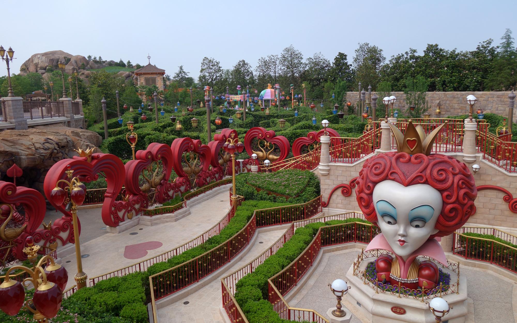 Shanghai-Disney-Scenes-25-EXCLUSIVE0616
