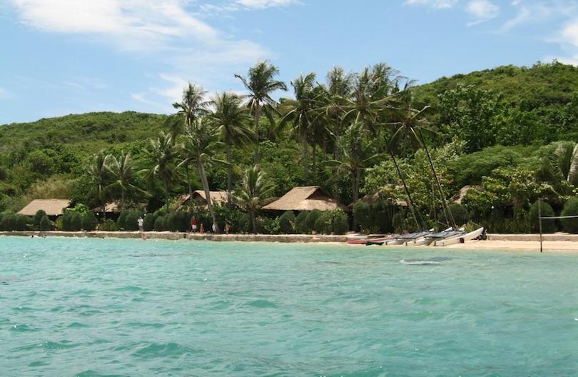 Whale_Island_Resort
