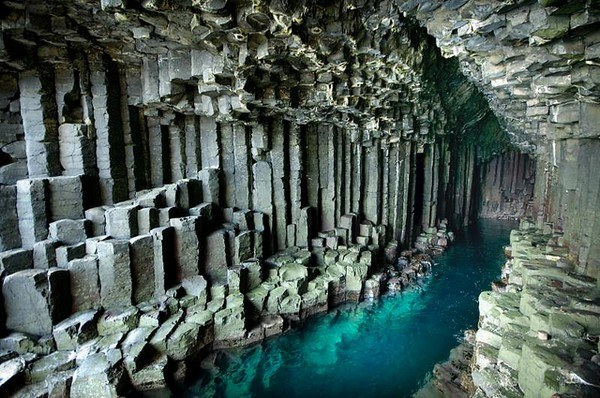 fingels-cave-21