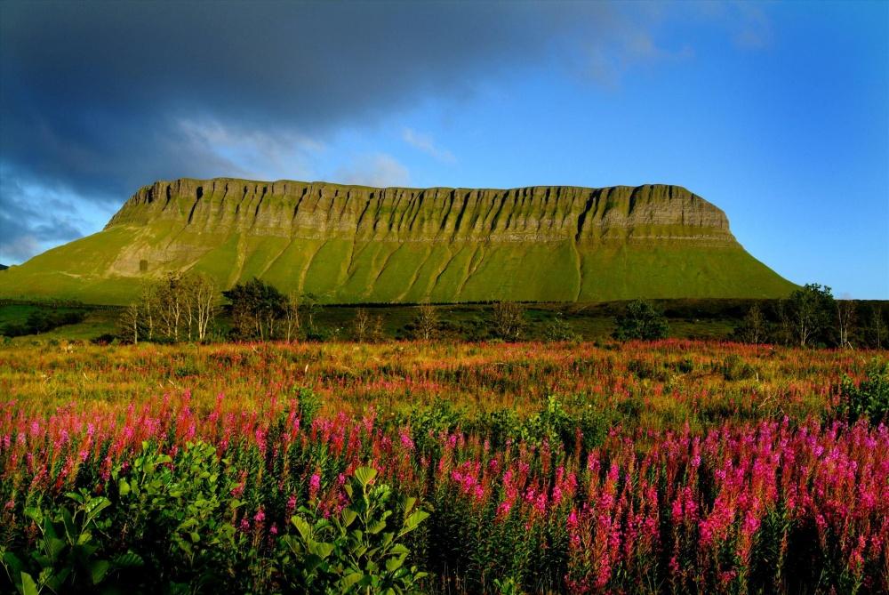 Планината Бен Балбен в графство Слайгоу.