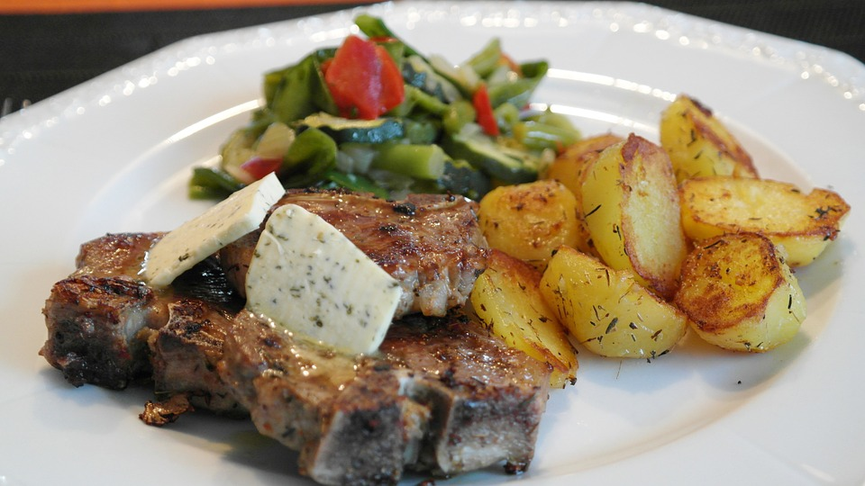 агнешко, храна, готвено, салата