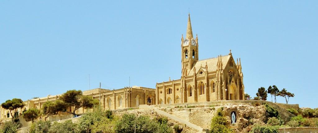 Малта, Гозо, остров, църква