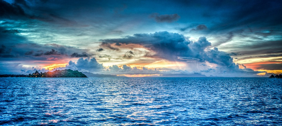 bora bora, бора бора, плаж, море, океан, вода, небе, облаци