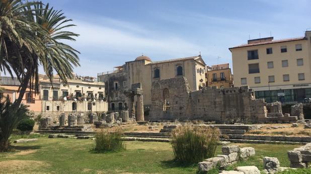 Останките от античността са навсякъде.