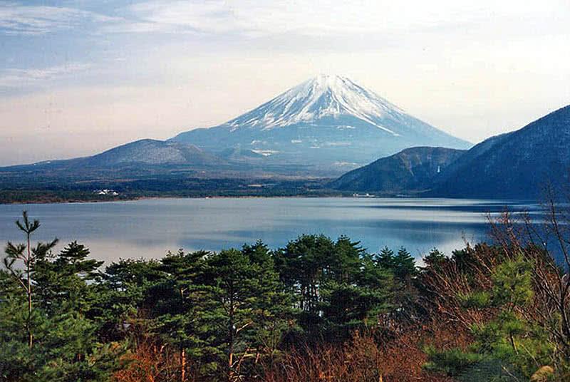 4-honshu-island